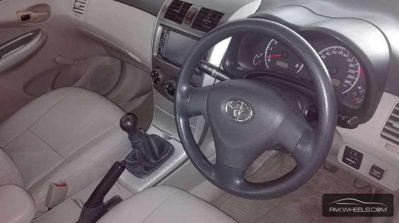 Toyota Corolla XLi VVTi Ecotec 2012 Image-6
