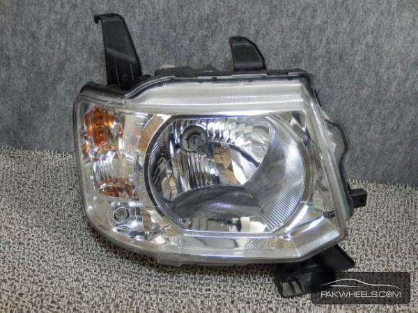 mistubishi ek wagon right headlight For Sale Image-1