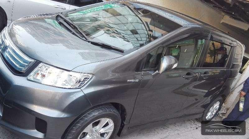 Honda Spike 2012 Image-4