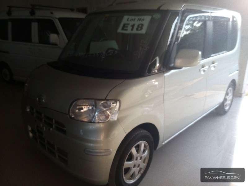 Daihatsu Tanto 2012 Image-2