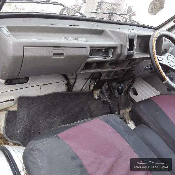 Suzuki Bolan 2004 Image-2