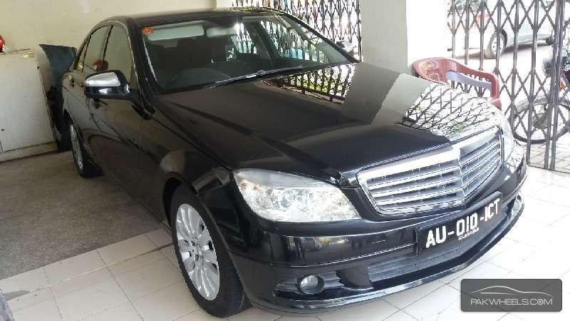 Mercedes Benz CLA Class CLA180 2012 Image-1