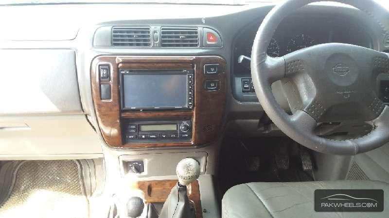 Nissan Safari 1998 Image-9