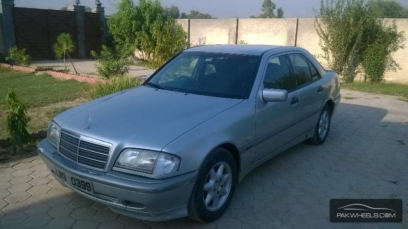Mercedes benz c class c180 1999 for sale in nowshera for Mercedes benz c class 1999 for sale