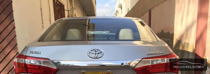 Toyota Corolla GLi 1.3 2014 Image-2