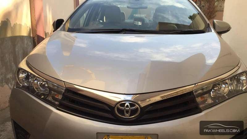 Toyota Corolla GLi 1.3 2014 Image-3