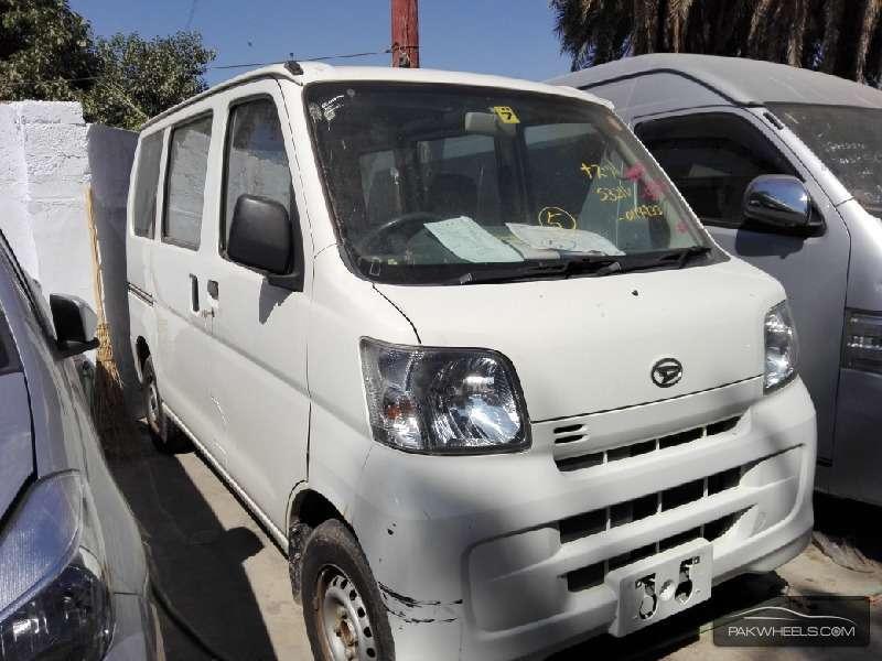 Daihatsu Hijet Basegrade 2011 Image-2