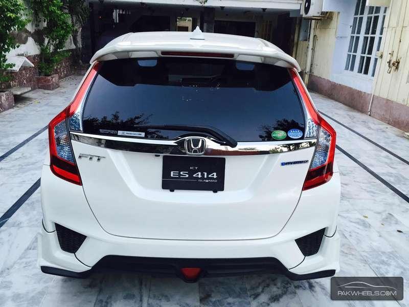 Honda Fit 1 5 Hybrid Rs 2013 For Sale In Peshawar Pakwheels
