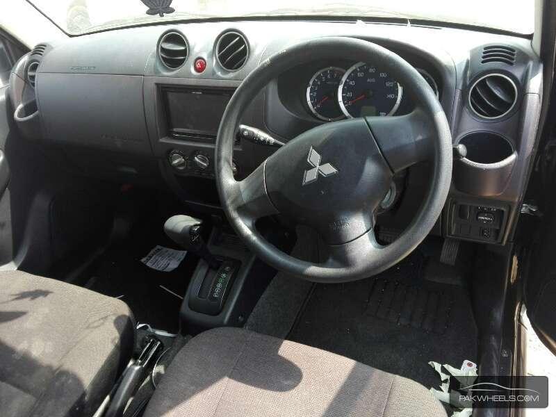 Mitsubishi Pajero Mini 2010 Image-6