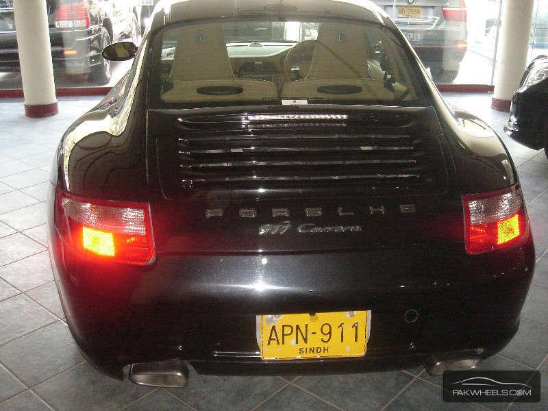 Porsche 911 Carrera 2005 Image-12