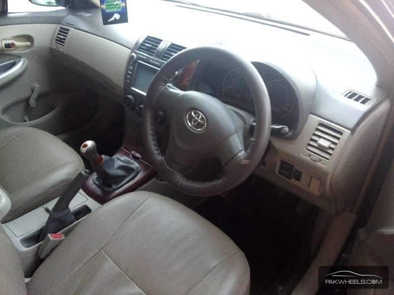 Toyota Corolla XLi VVTi 2011 Image-3