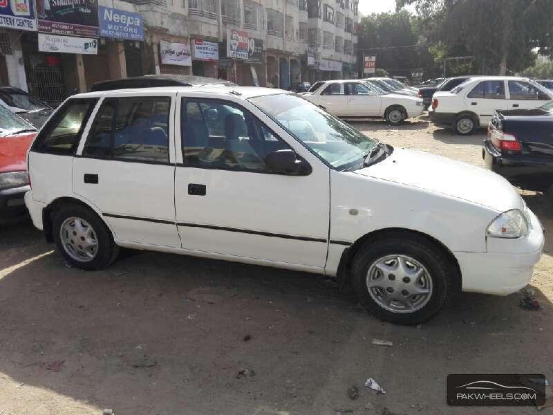 Suzuki Cultus VXR (CNG) 2004 Image-2