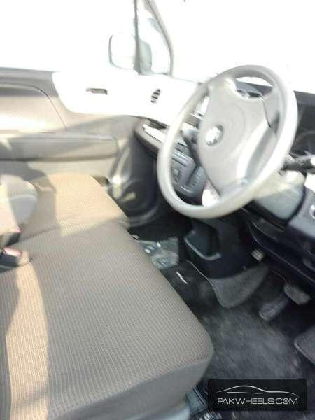 Suzuki MR Wagon ECO-L 2012 Image-4