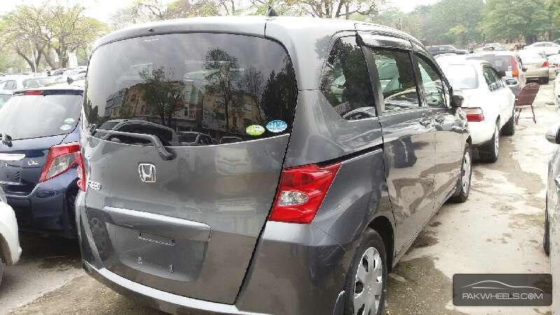 Honda Freed 2010 Image-4