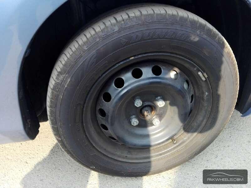 Toyota Vitz FL 1.0 2013 Image-3