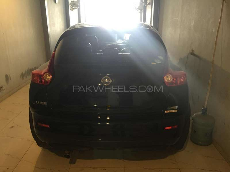 Nissan Juke 15RX Premium Personalize Package 2010 Image-3