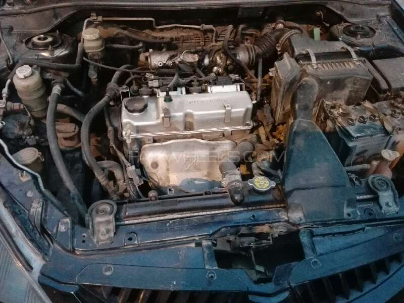 Mitsubishi Lancer GLX SR 1.6 2005 Image-9