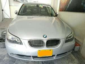 Slide_bmw-5-series-530d-2003-9371047