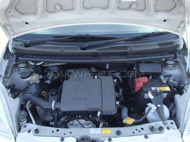 Toyota Passo X 2012 Image-8