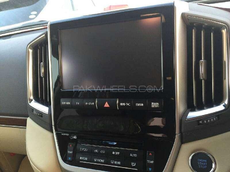 Toyota Land Cruiser ZX 2015 Image-5