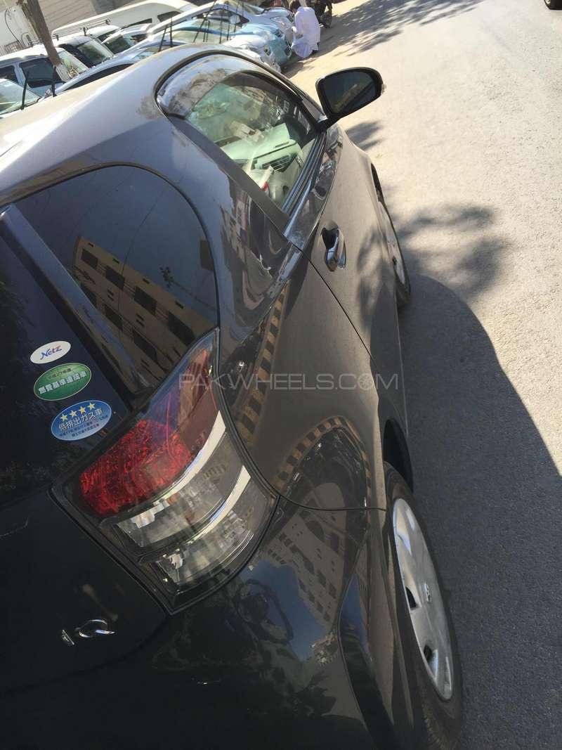 Toyota iQ 2012 Image-6