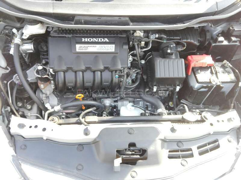 Honda Fit Hybrid S Package 2012 Image-7