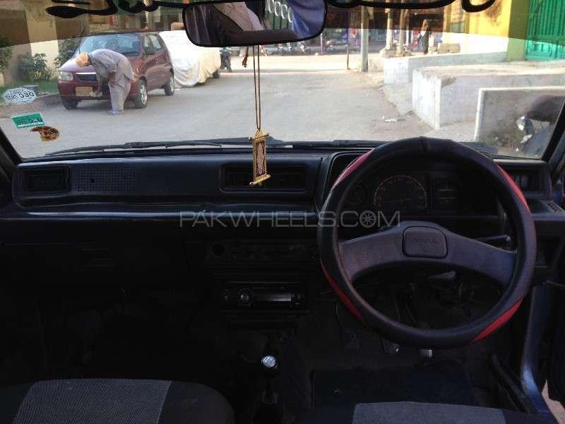 Daihatsu Charade CX 1984 Image-12