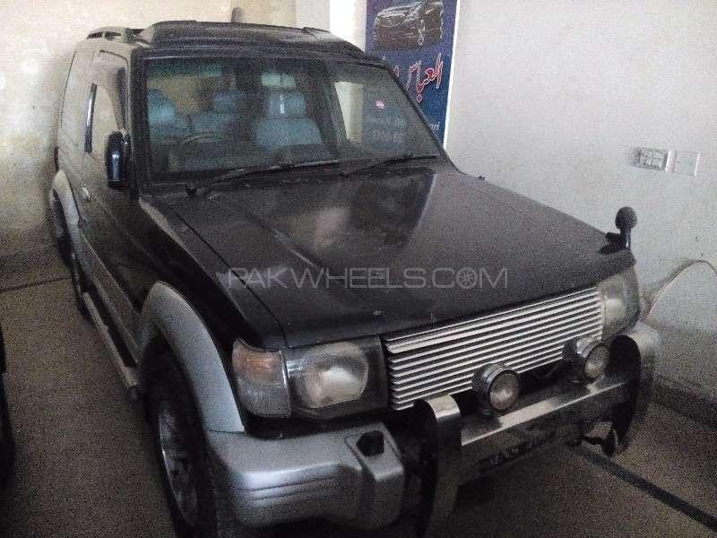 Mitsubishi Pajero Exceed 2.4 1994 Image-5
