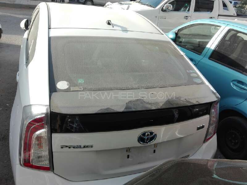 Toyota Prius 2012 Image-6