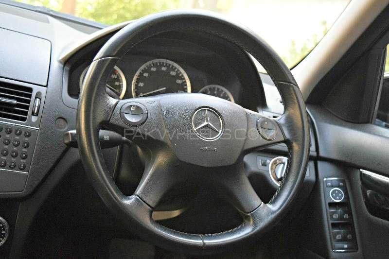 Mercedes Benz C Class C180 Kompressor 2009 Image-5