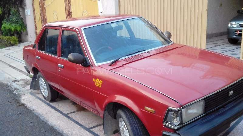 Toyota Corolla XE 1982 For Sale In Lahore