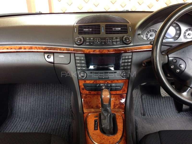 Mercedes Benz E Class E200 2003 Image-11