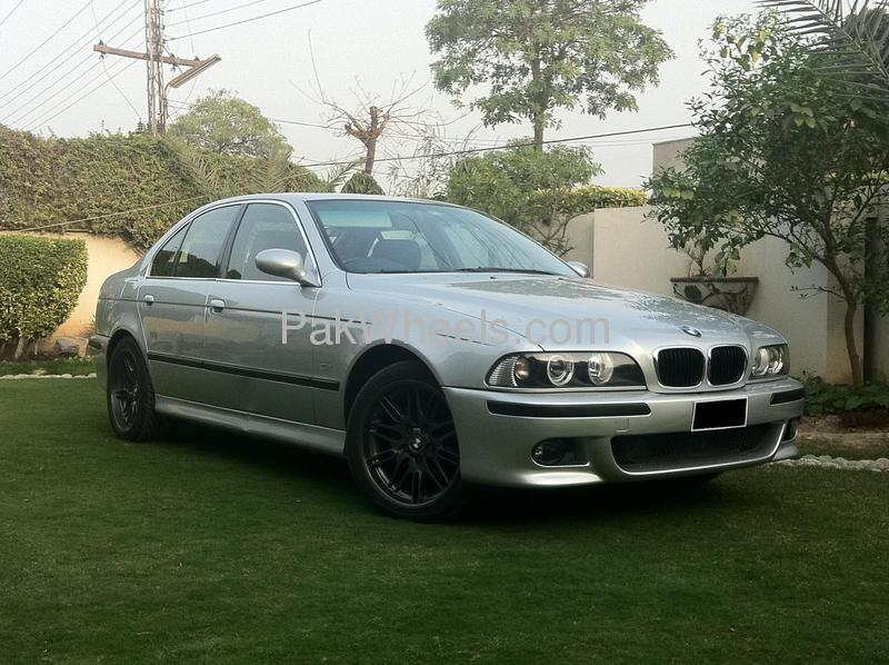 bmw 5 series 525i 2002 for sale in lahore pakwheels. Black Bedroom Furniture Sets. Home Design Ideas