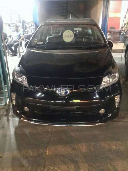 Toyota Prius S Touring Selection 1.8 2012 Image-1