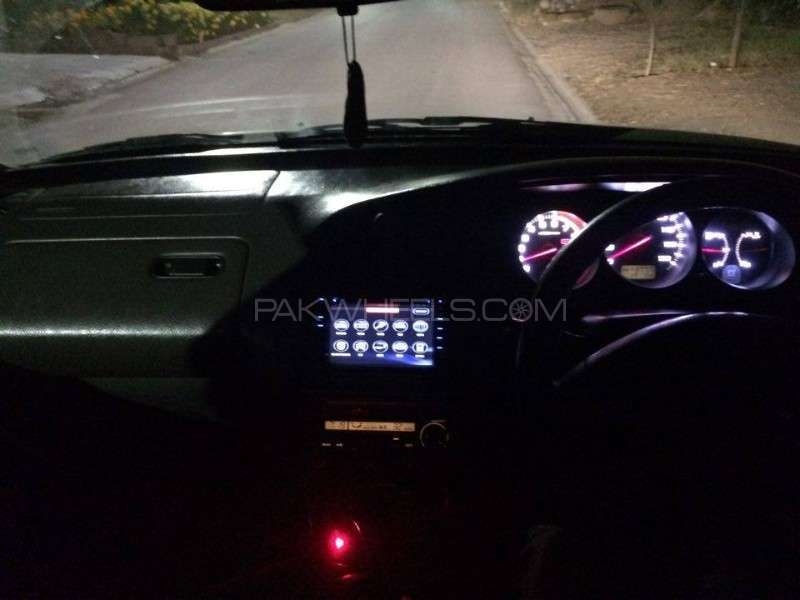 Honda Accord CF3 2002 Image-12