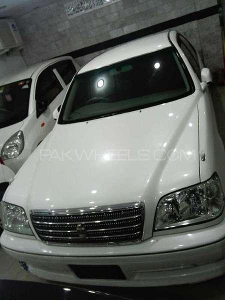 Toyota Crown 2002 Image-1