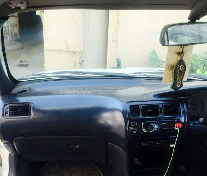 2000 Toyota Corolla For Sale: Toyota Corolla XE Limited 2000 For Sale In Karachi