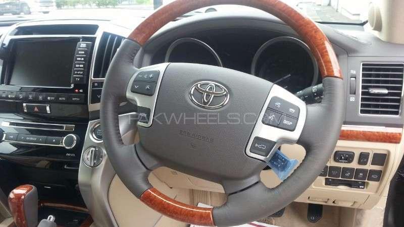 Toyota Land Cruiser ZX 2014 Image-8