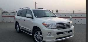 Toyota Land Cruiser - 2014