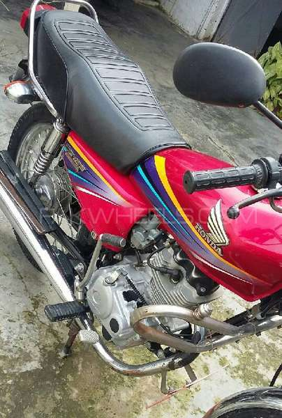 Honda CG 125 - 2011  Image-1