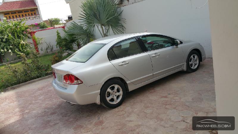 Honda Civic - 2012 Vti oriel 1.8 ivtec Image-1