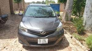 Toyota Vitz - 2015