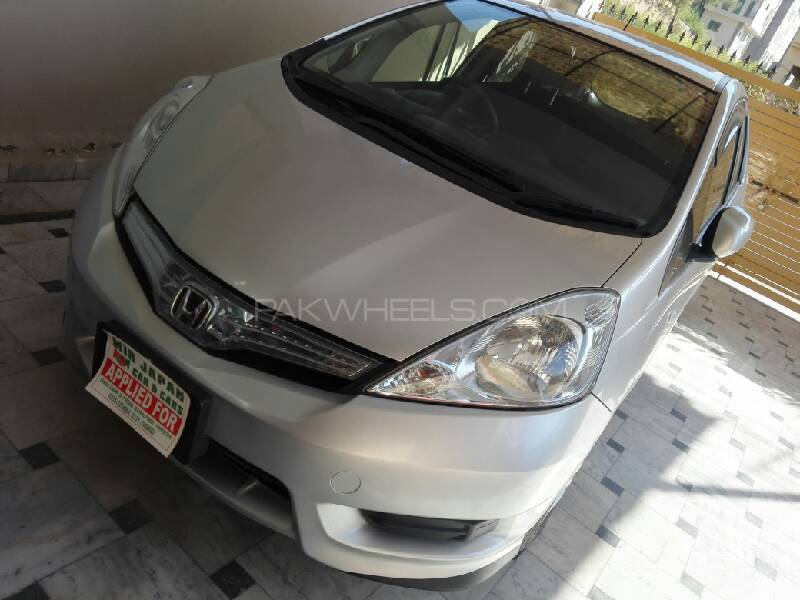 Honda Fit - 2012  Image-1
