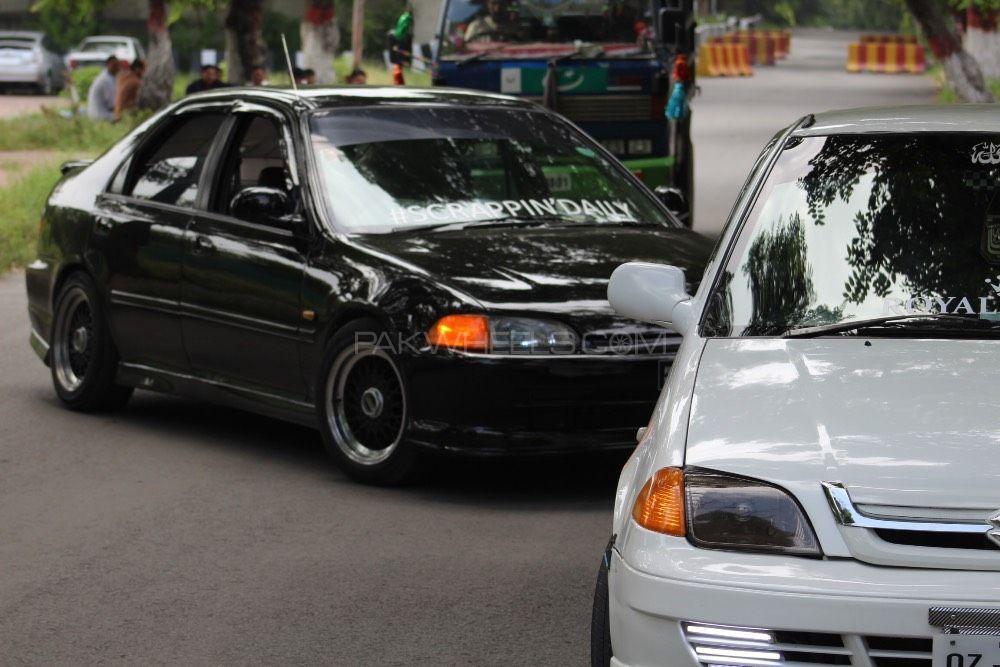 Honda Civic - 1995  Image-1