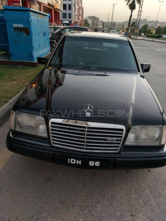 Mercedes Benz E Class Estate - 1996  Image-1