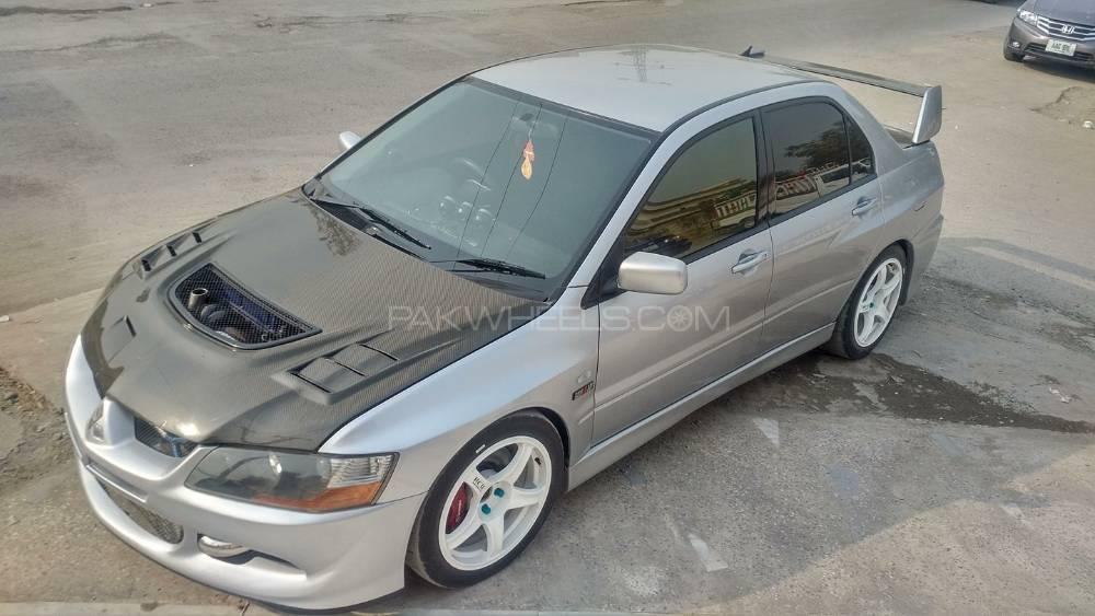 Mitsubishi Lancer Evolution - 2003  Image-1
