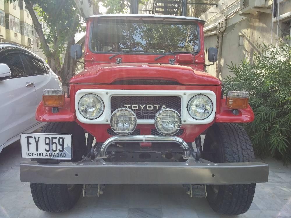 Toyota Fj Cruiser - 1980  Image-1