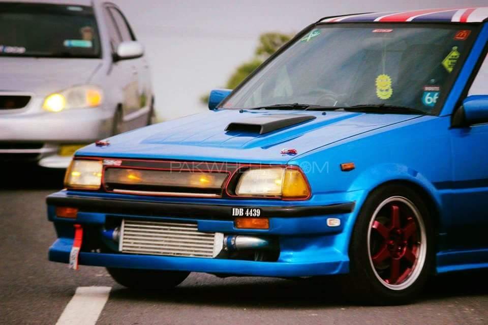 Toyota Starlet - 1989  Image-1