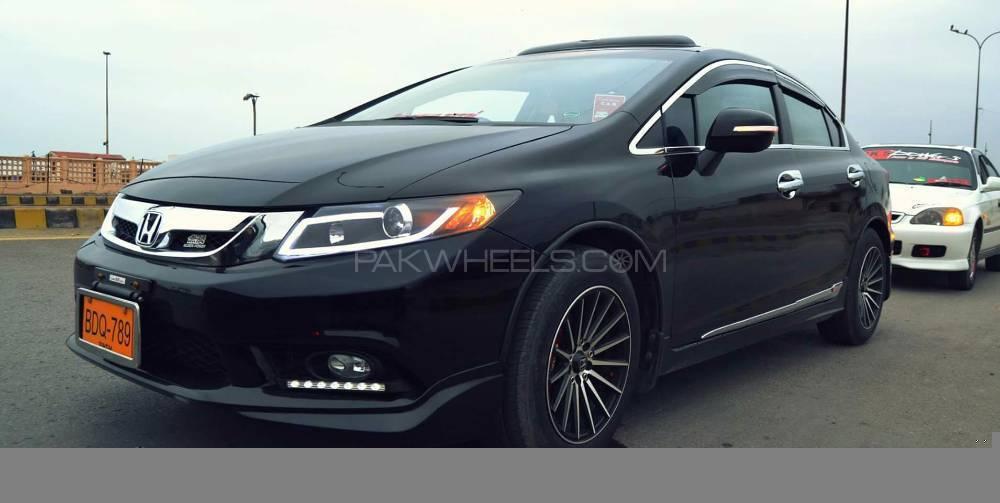 Honda Civic - 2015  Image-1