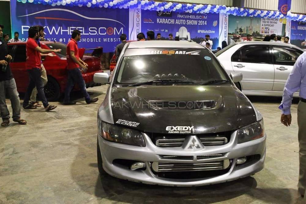 Mitsubishi Lancer Evolution - 2005  Image-1